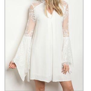 Dresses & Skirts - 🆕 FAYTH White lace bell sleeve boho dress